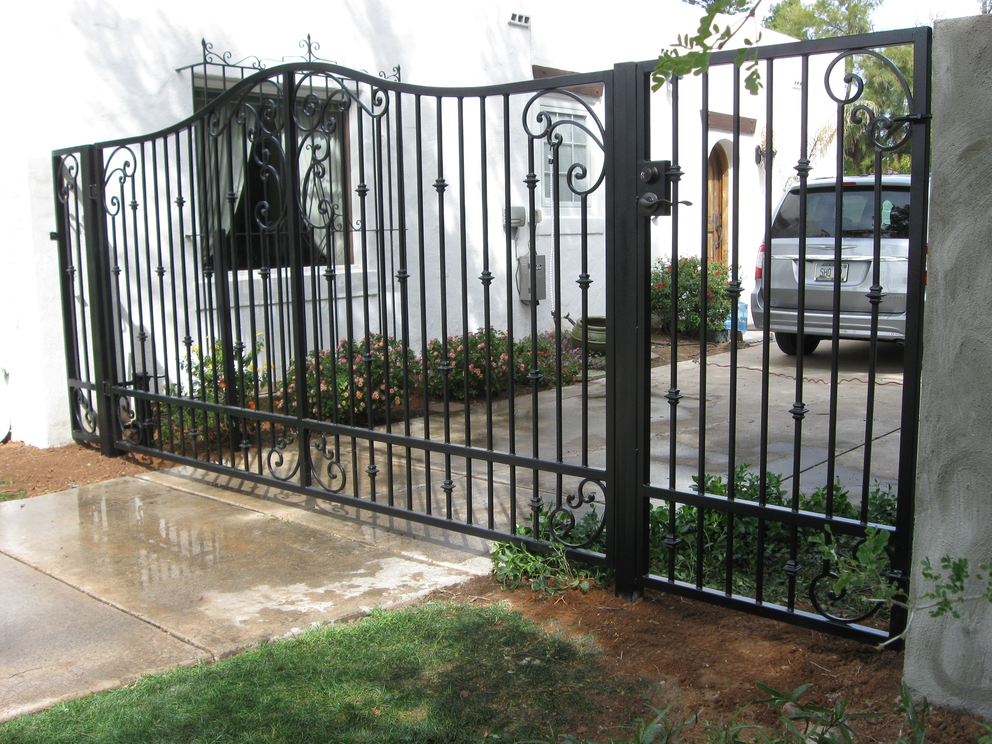 Driveway gates for Motorized gates for driveways